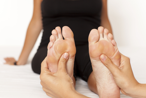 shutterstock_90514324 (foot massage)